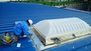 Thợ chuyên chống dột mái tôn nhà ở quận 11
