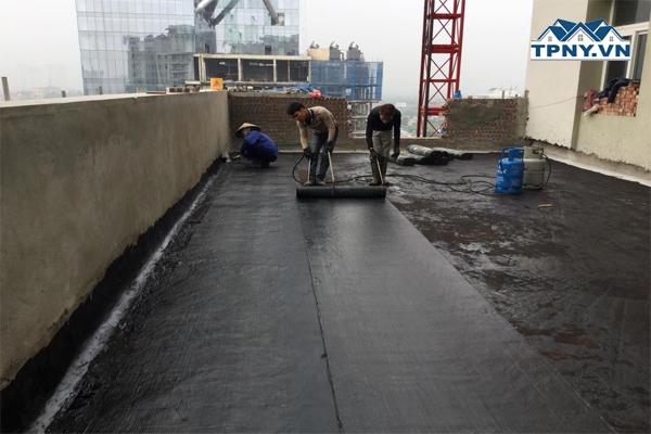 Hướng dẫn 3 cách chống thấm hiệu quả cho trần nhà